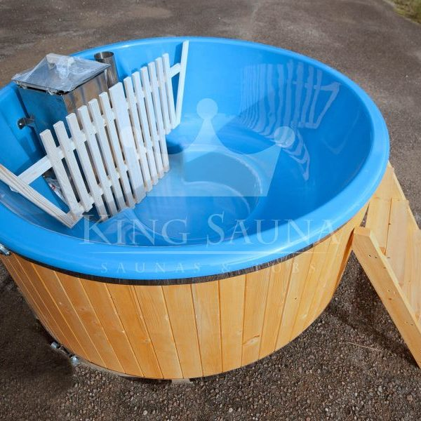 """GLASS FIBER"" hot-tub with internal furnace"